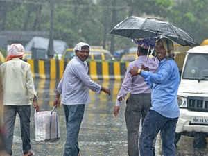 https://images.tractorgyan.com/uploads/1561529232-indian-monsoon.jpg