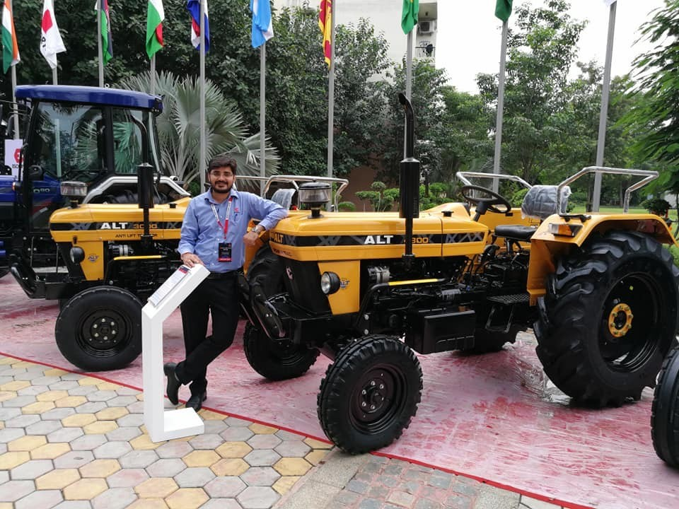 https://images.tractorgyan.com/uploads/1564633400-Escorts tractor july 2019  .jpeg
