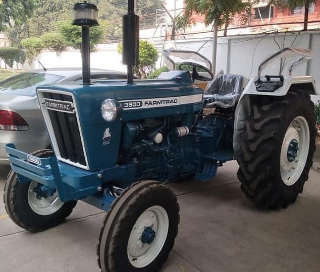 https://images.tractorgyan.com/uploads/487/escorts-Farmtrac-3600-tractorgyan.jpeg